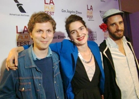 laff: crystal fary red carpet premiere