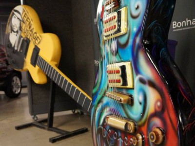GibsonGuitarTownBonhams