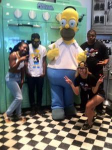SimpsonsJohnnyCupcakes