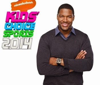 Nickelodeon-Kids-Choice-Sports-Awards-2014-Host-Michael-Strahan-With-Logo-KCS