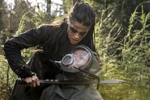 The-100-season-2-episode-11-Octavia-is-a-Grounder