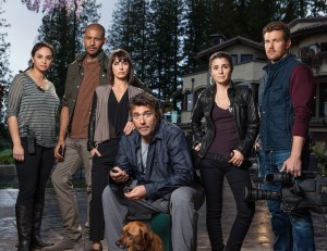 Kelly and the cast of Unreal.
