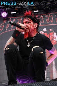 Hell Yeah performs at Mayhem Fest 2015.