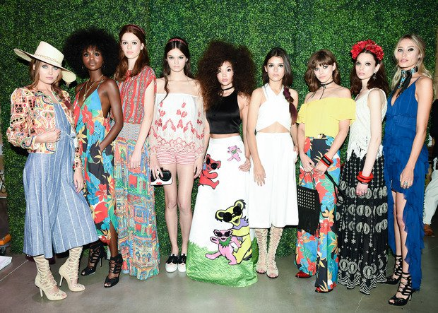 Alice and Olivia fashion show 2