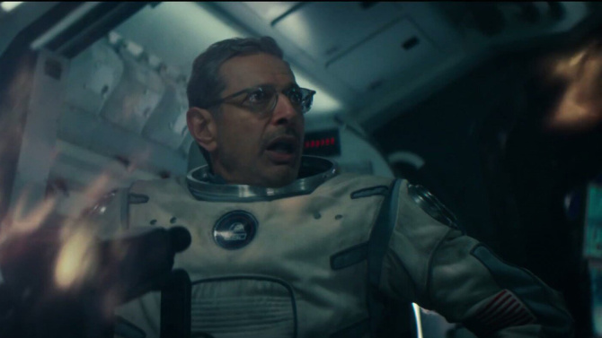 Jeff Goldblum is back in space in the new ID4 movie.