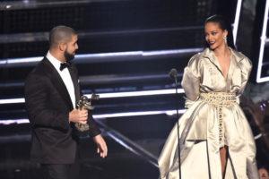 Rihanna_Drake_VMAs