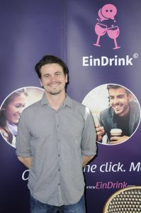 jason-ritter-with-ein-drink